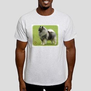 Keeshond 9J28D-01 Light T-Shirt