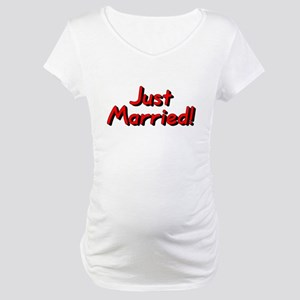 Just Married! (Red) Maternity T-Shirt