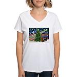XmasMagic/2 Dachshunds (P2) Women's V-Neck T-Shirt