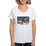 XmasMagic/4 Shih Tzus Women's V-Neck T-Shirt