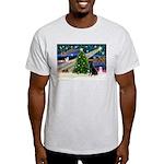 Xmas Magic & Black Lab Light T-Shirt