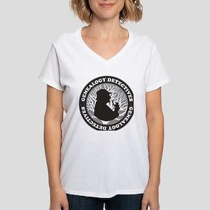 Genealogy Detectives Women's V-Neck T-Shirt