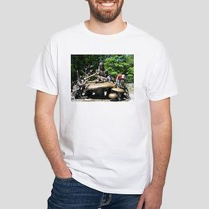 ALICE IN WONDERLAND STATUE White T-Shirt