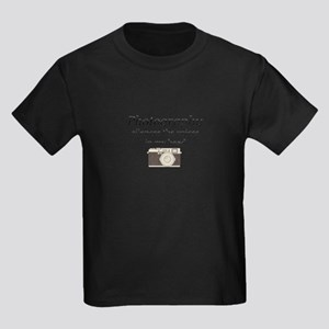 Photography silences the voices in my head T-Shirt