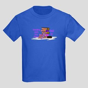 READ IT ! Kids Dark T-Shirt