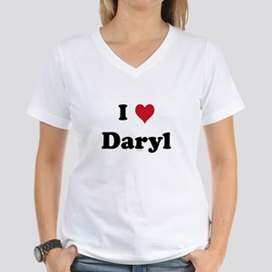 I love Daryl Women's V-Neck T-Shirt