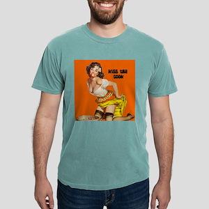 apple apron T-Shirt