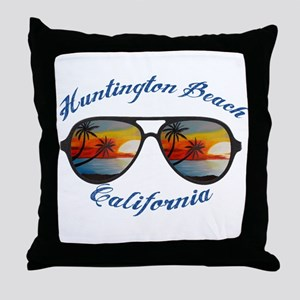 California - Huntington Beach Throw Pillow
