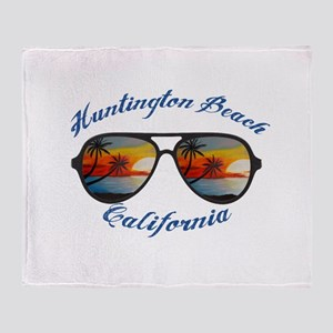 California - Huntington Beach Throw Blanket