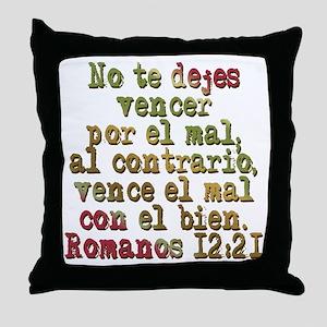 Romanos 12:21 Throw Pillow