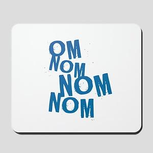 om nom blu Mousepad