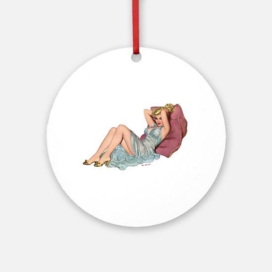 Double Pillow Girl Keepsake (Round)