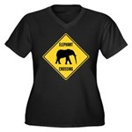 elephant-crossing-sign Women's Plus Size V-Neck Da