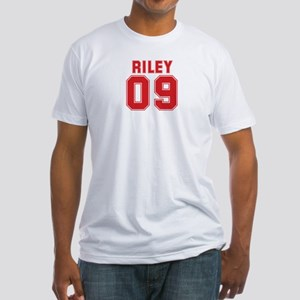 RILEY 09 Fitted T-Shirt