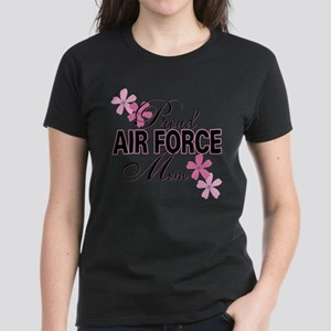 Proud Air Force Mom Women's Dark T-Shirt