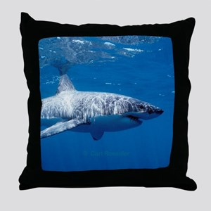 Great white shark sweeping Throw Pillow