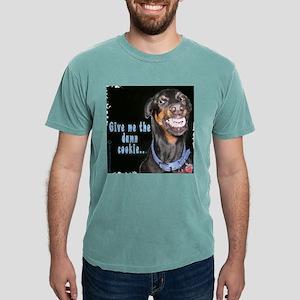 doberman smiles T-Shirt