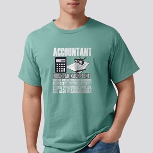 Accountant Who Does Precision Guesswork T T-Shirt