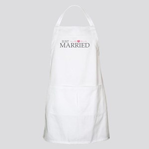 Just Married (Heart Scroll Pink) BBQ Apron