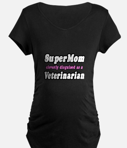"""SuperMom...Veterinarian"" T-Shirt"