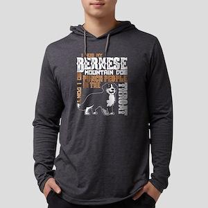 I Hug My Bernese Mountain Dog Long Sleeve T-Shirt