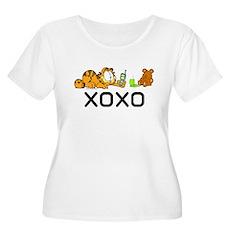 XOXO Pooky Women's Plus Size Scoop Neck T-Shirt