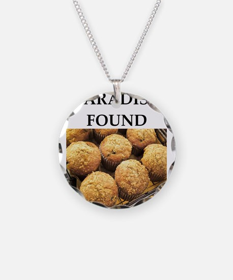 muffin Necklace