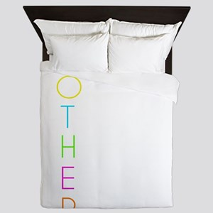 Funny Mothers Day Gift TShirt for the Queen Duvet