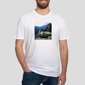 MACHU PICCHU Fitted T-Shirt
