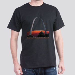 2-St. Louis Arch - Black T-shirt 01 T-Shirt