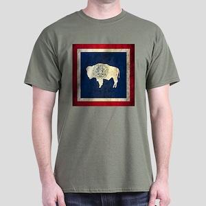 Grunge Wyoming Flag Dark T-Shirt