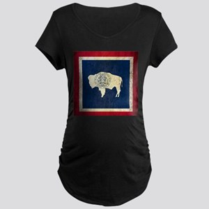 Grunge Wyoming Flag Maternity Dark T-Shirt