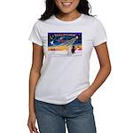 XmasSunrise/2 Std Poodles Women's T-Shirt