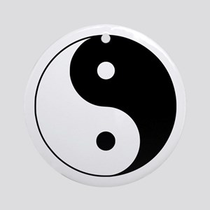 Traditional Yin & Yang Ornament (Round)