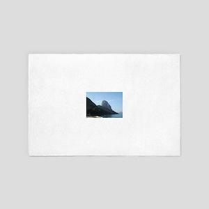 Sugarloaf Mountain 4' x 6' Rug