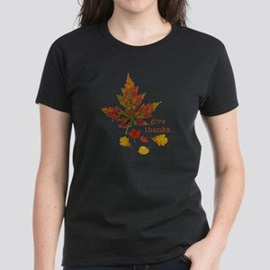 Pretty Thanksgiving Women's Dark T-Shirt