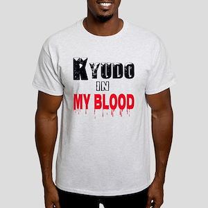 Kyudo in my blood Light T-Shirt