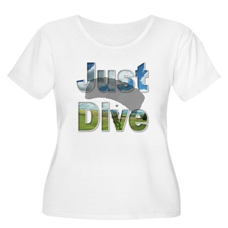 Just Fly Skydiving Women's Plus Size Scoop Neck T-