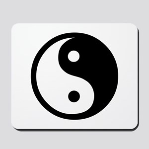 Black and White Yin Yang Bala Mousepad