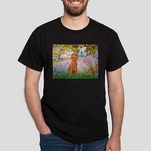 Garden/Std Poodle (apricot) Dark T-Shirt