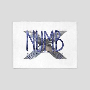 Numb 5'x7'Area Rug