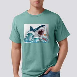 Megalodon Prehistoric Shark Attacks Surfer T-Shirt