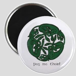 """""""Pog Mo Thoin Celtic Design"""" Magnet"""