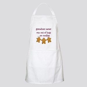 Grandmas never run out of hugs BBQ Apron