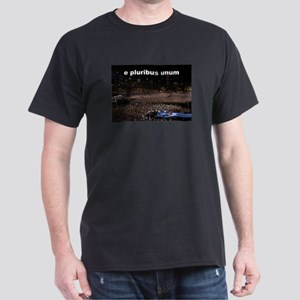 e pluribus unum Dark T-Shirt