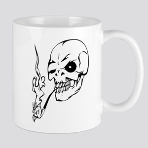 skull no smoking Mugs