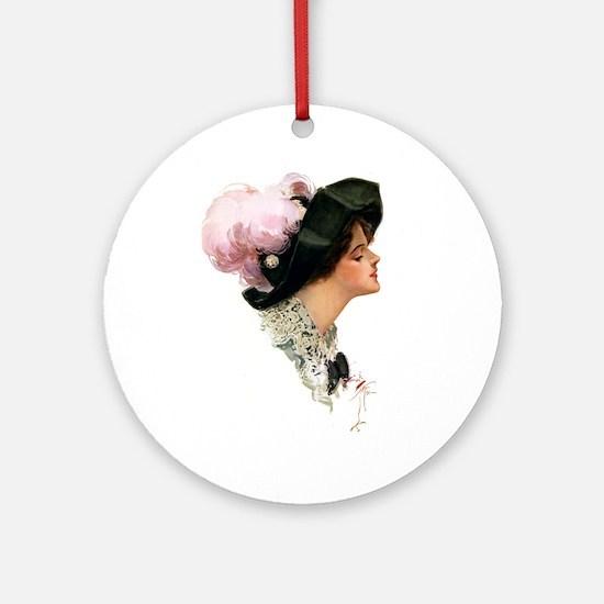 ASCOT LADY Ornament (Round)
