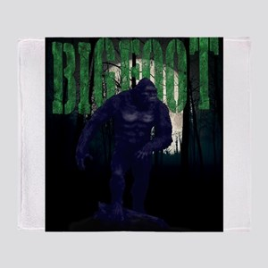 BIGFOOT- out of the darkness Throw Blanket