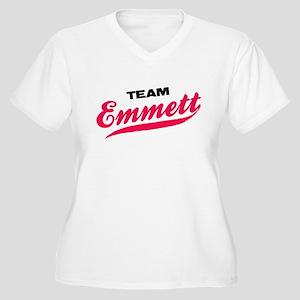 Team Emmett Twilight Women's Plus Size V-Neck Tee