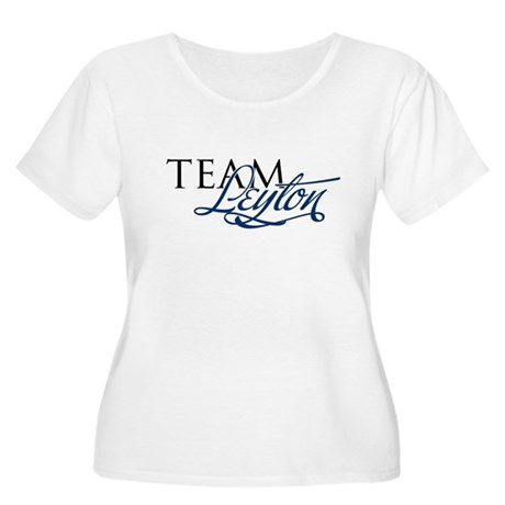 Team Leyton Women's Plus Size Scoop Neck T-Shirt